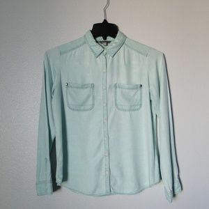 Nordstrom - Rubbish mint green button down. SZ M.